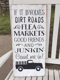 Items similar to Flea Market Sign, Junking Sign, Farmhouse Sign, Rustic Sign, Wooden Distressed Sign on Etsy Pallet Ideas Easy, Diy Pallet Projects, Diy Ideas, Craft Ideas, Decor Ideas, Diy Decoration, Vinyl Projects, Decorating Ideas, Decorations
