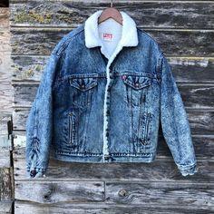 1e88984c6e Vintage Levi s acid wash denim sherpa jacket 80s jean jacket 90s grunge  distressed coat metal vtg Levis trucker jacket fleece men L large