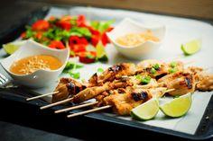 Thajské kuřecí satay sarašídovou omáčkou – Jezte sláskou