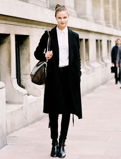 black & white, cropped skinnies, buttoned up, structured bag, trenchcoat, topknot