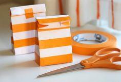 Haz bolsas con sobres y washi tape