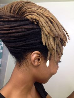 {Grow Lust Worthy Hair FASTER Naturally}>>> www.HairTriggerr.com <<<   Phenomenal Twist & French Roll Loc Style