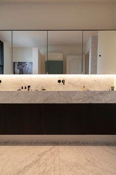 Wc Bathroom, Downstairs Bathroom, Public Bathrooms, Dream Bathrooms, Minimalist Bathroom, Modern Interior Design, Home Living Room, New Homes, Building Designs