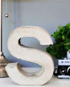 Gib mir ein S! DIY Beton Buchstaben   Ganz einfach selber machen!   crafting idea   DIY project   concrete letter