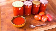 If you're lucky enough to have a glut of tomatoes, this homemade tomato ketchup is a great way to preserve their sunny flavour for enjoyment year round. Homemade Tomato Ketchup, Tomato Ketchup Recipe, Delicious Vegan Recipes, Vegetarian Recipes, Yummy Food, Catsup, La Marmite, Low Sodium Recipes, Hot Sauce Bottles