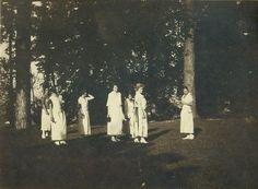 Anonymous, Photo Album with Jessie Boswell, Bella and Raja Markman, Marcelle de Manziarly, Torino-Cereseto-Sestri Levante, 1922-1924