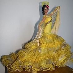 Vintage Marin Chiclana Flamenco Dancer with Tag - Gorgeous! - Something to Sing About #dollshopsunited