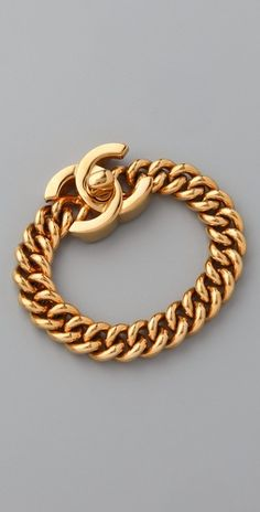 I am not a fan of gold jewelry, but I can't help loving this Chanel bracelet.