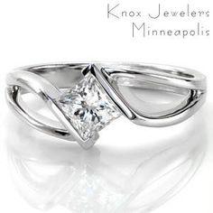 Kite set ring