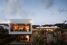 Gallery of House Quinta Da Marinha / Fragmentos de Arquitectura - 1