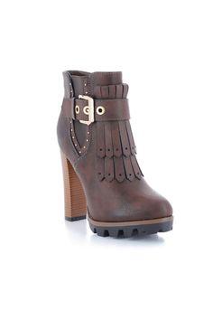 Bottines style western marron - Zonedachat Westerns, Wedges, Booty, Ankle, Shoes, Fashion, Fringe Coats, Conkers, Moda