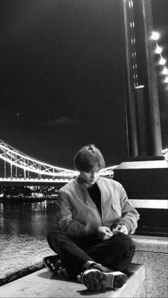 Foto Bts, Bts Photo, V Bts Cute, I Love Bts, Taehyung Selca, Bts Jungkook, Bts Polaroid, Bts Concept Photo, V Bts Wallpaper