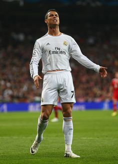 Cristiano Ronaldo reacts during the UEFA Champions League semi-final first leg match between Real Madrid CF and FC Bayern München at Estadio Santiago Bernabéu on April 23, 2014 in Madrid, Spain.