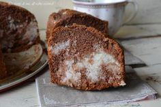 Ciambella al cacao con cuore al cocco