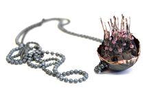 Linda Ezerman - Neckpiece from the series Shrimps Materials: silver, paint, silicone, pigment
