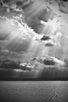 Sun Rays by Manuel Orero