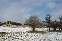 Toplocatie hartje Ardennen nabij Dinant , Durbuy , Ciney . Vlot bereikbaar via autoweg www.loghomes.be