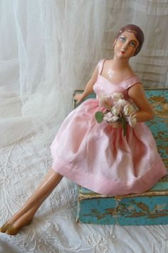 RARE ANTIQUE BOUDOIR DOLL.PARIS FASHION DOLL.LINGERIE C 1920