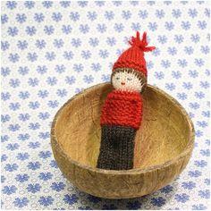 Karen Klarbæks World: 21 Door in my DIY Advent Calendar Crochet For Kids, Knit Crochet, Diy Advent Calendar, Knitted Dolls, Gnomes, Diys, Knitting, Tableware, Crafts