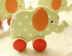 Galletas para un baby shower! Demasiado adorables! Via blog.fiestafacil.com / Cookies for a baby shower! Too adorable! Via blog.fiestafacil.com