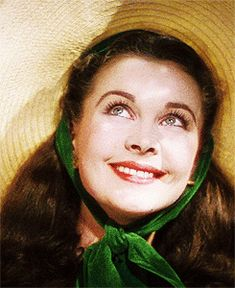 """Vivien Leigh as Scarlett O Hara in """"Gone With The Wind""""! Old Hollywood, Viejo Hollywood, Golden Age Of Hollywood, Hollywood Stars, Classic Hollywood, Vivien Leigh, Divas, Pin Up Retro, Wind Movie"""