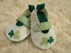 *sigh* -- $34 for shoes she could wear just a few times?? But they're so darn cute!   St Patricks Day Baby Shoes - Felt Baby Shoes - Can Be Personalized. $34.00, via Etsy.