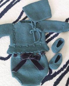 Crochet Blanket Patterns, Knitting Patterns, Punto Smok, Crochet Flowers, Knit Crochet, Baby Kids, Kids Fashion, Sewing, Handmade
