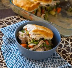 Comforting Chicken Pot Pie | Betsylife.com