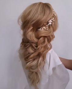 Hairdo For Long Hair, Easy Hairstyles For Long Hair, Bride Hairstyles, Pretty Hairstyles, Front Hair Styles, Medium Hair Styles, Romantic Bridal Hair, Hair Upstyles, Wedding Hair Inspiration