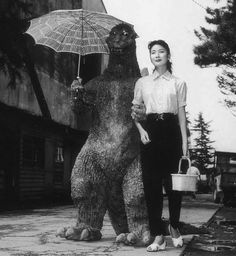 """nevver: """" Sunday in the park with ゴジラ"""" Very few ppl saw this sequel, Godzilla in Love"""