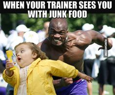 when-your-trainer-sees-you-with-junk-food.jpg (500×417)