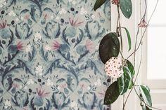 Boutique Wallpaper, Wall Colors, Colours, Wall Wallpaper, Plants, Inspiration, Home Decor, Wallpapers, Babies