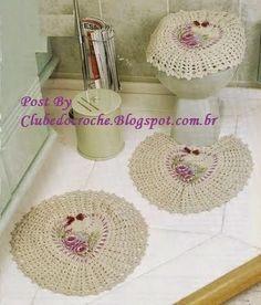 Crochet bathroom set ❤️LCB-MRS❤️ with diagrams ------ Clube do Crochê: Jogo de Banheiro com detalhes em pintura (com gráficos)