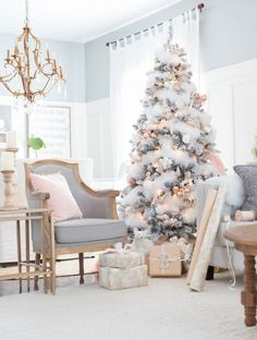 Blush and Copper Christmas Tree (Craftberry Bush) Yay! We made it through Monday. We're here once again bringing you what we hope will be some Christmas inspiration via the Farmhouse Holiday series; one of my favorite series by far. Today we're shari Christmas Tree Themes, Noel Christmas, Vintage Christmas, Christmas Tree Trends 2018, Rose Gold Christmas Decorations, Rose Gold Christmas Tree, Christmas Mantles, Christmas Villages, Victorian Christmas