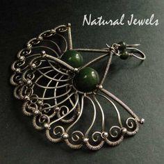 Bejewelled Jade  Earrings of 925 Sterling and by NaturalJewels, €114.50