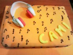 Torta para Camila #musica #auriculares #music #cake #musiccake