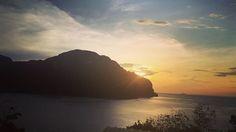 """Sunset 🌄🇹🇭"" by (elypozzi). travellife #globetrotter #beach #thailand #islandlife #vacation #beautifulplaces #travelgram #amazingplaces #holidays #worldplaces #panoramicview #phiphi #island #bucketlist #traveladdict #instatravel #bay #summer #travel #travelingram #placestosee #wanderlust #worldtraveller #traveltheworld #traveling #sunset #traveler #kohphiphi #world. [Follow us on Twitter at www.twitter.com/MICEFXsolutions for more...]"