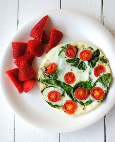 spinach and egg white omlet