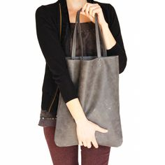 grauer Shopper aus Leder // grey big leather shopper via DaWanda.com