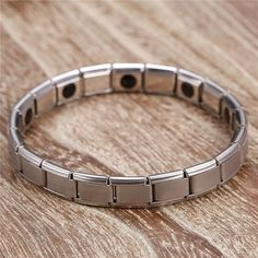 Our Silver plated magnetic bracelet for everyday use is one of our best sellers This jewellery is perfect for a gift and could be worn anywhere and everyday This accessory would make a perfect gift Bracelet Clasps, Bangle Bracelets, Bangles, Link Bracelets, Trendy Bracelets, Sale Items, Silver Color, Jewelry Gifts, Chain