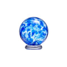 Jill Henrietta Davis created her birthstone wish ball to capture your hopes for the next year in your life. Garden Balls, Blown Glass Art, New Crafts, Glass Garden, Glass Paperweights, Unusual Gifts, Glass Ball, Birthstones, September Birthday