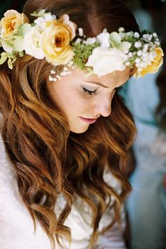 Yellow rose flower crown and waves | @iamchristianne | Brides.com
