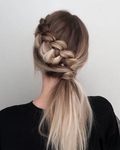 Will you wanna learn how to achieve today's latest hairstyles and hottest trends? View the link below to get more Gorgeous Hairstyles Tutorials Trends hairstyles DIY tutorials 582723639270579475 Easy Hairstyles For Long Hair, Diy Hairstyles, Gorgeous Hairstyles, Latest Hairstyles, Cute Braided Hairstyles, Hairstyles Videos, Wedding Hairstyles, Ponytail Tutorial, Sock Bun Tutorials