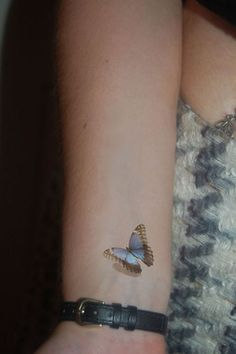 Popular Small Butterfly Tattoos - Diminutive Butterflies With Dandelion What a delicate tattoo created in a black-white style! The butterfly gaggle flying away from the dandelion on the left shoulder-blade looks attractive and a bit mystical. The blowing dandelion …