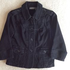 ❤️❤️CUTE DENIM JACKET😍😍 ❤️Supercute denim jacket.  Button front.  Two pockets with button flap on front.  Buttons at shoulder. In black denim.  98% cotton, 2% spandex.  Three quarter sleeves.  Lots of compliments on this!!😃. Excellent condition. Motto Jackets & Coats Jean Jackets