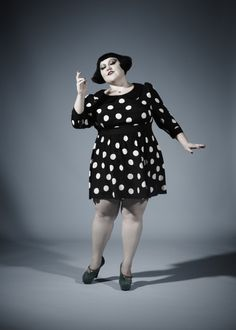 Beth Ditto needs to go into fashion design, amirite?? I can't wait for her MAC collection. <3