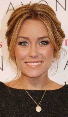 Lauren Conrad, your good hair is starting to make me mad. Do you have some sort of stylist with you at all times? Oh, I forgot. You do.