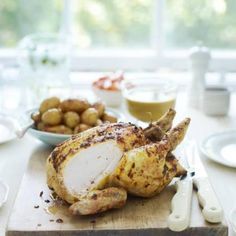 Roast Curried Chicken - Curry paste injects lots of flavour to roast meats. Lamb Recipes, Roast Recipes, Savoury Recipes, Easter Lunch Recipes, Easter Food, Dinner Recipes, Great Roasts, Coconut Milk Curry, Roasting Tins