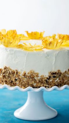 Recipe with video instructions: Bring a little island flair to your life with this cheery hummingbird cake with baked pineapple flowers! Ingredients: For the cake:, 1 large pineapple, peeled and. Hummingbird Cake Recipes, Baking Recipes, Dessert Recipes, Recipes Dinner, Tasty, Yummy Food, Delicious Desserts, Savoury Cake, Let Them Eat Cake