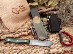 RED RHINO HUNTER KNIFE & SHEATH www.RedRhinoCustoms.com